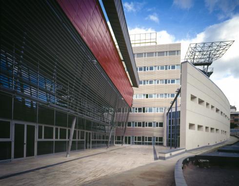 il fronte della biblioteca